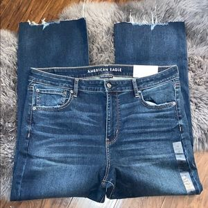 NWT American Eagle 🦅 18 hi-rise crop flare jeans